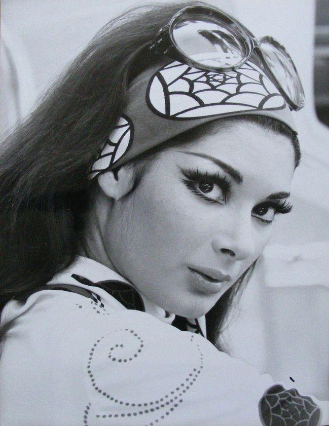#1970s #vintage  Edwige Fenech, 70's, 70s, fashion, style, trend, 70s era, street style, boho, hippie, bohemian, inspiration, 1970s  www.STATEOFCHIC.com