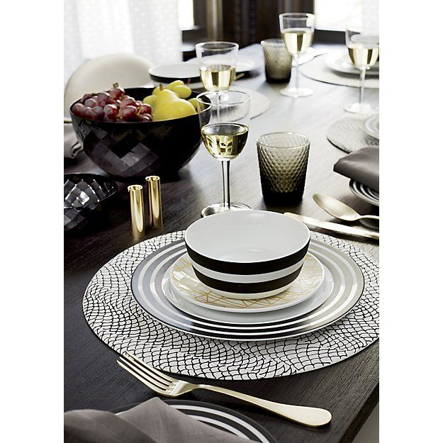 Set a gorgeous table for holiday entertaining by layering mixed patterns and textured dinnerware. Be sure to play with the scale and propotion u2014 and donu0027t ...  sc 1 st  Pinterest & 12 best Casual Dinnerware images on Pinterest | Casual dinnerware ...
