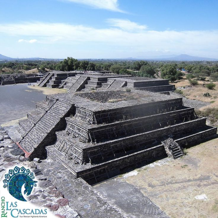 At Rancho Las Cascadas we want to make your vacations unforgettable. Besides the horseback riding, we also organize excursions to cultural places like Teotihuacan and Tula. Enjoy with us the colors of the Mexican lands!!!