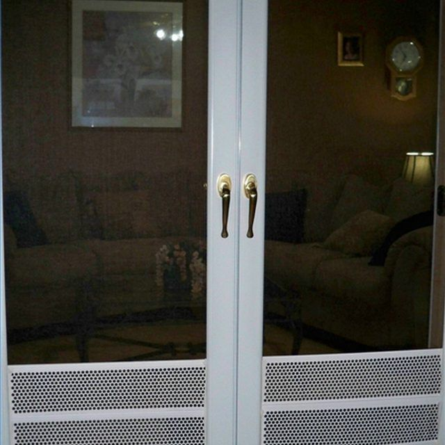 How to Protect Your Screen Doors From Dog Nails & 39 best Protecting Doors From Dog Scratches images on Pinterest ...