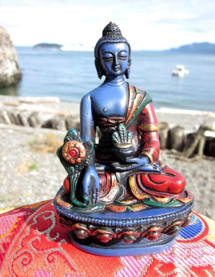 Love this colorful Medicine Buddha … Find Ancient Allies on FB: www.facebook.com/AncientAllies Find Ancient Allies on the web: www.AncientAllies.com