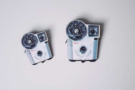 Wooden Brooch Camera Photo Retro Laser cut Vintage by Strickzeit
