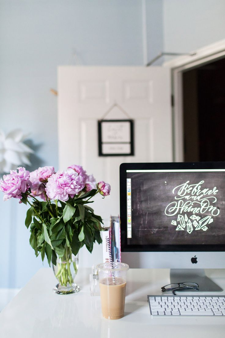Home office: http://www.stylemepretty.com/living/2015/06/09/inspired-downtown-office-space/   Photography: Sara Logan - http://www.saraloganphotography.com/