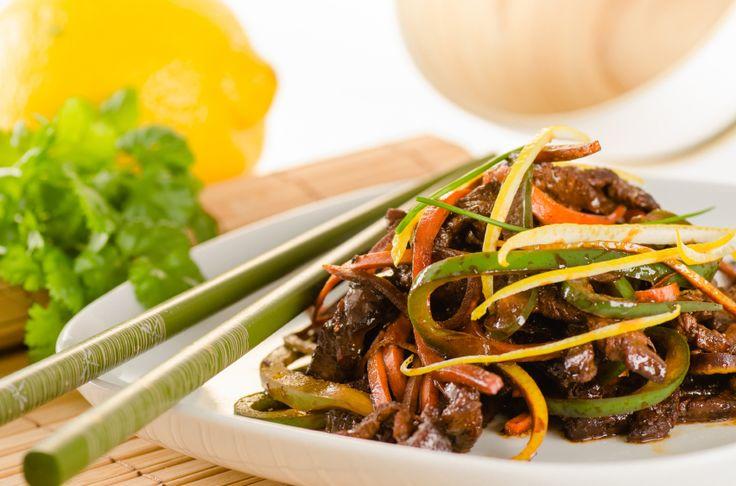 Wok de boeuf aux légumes croquants