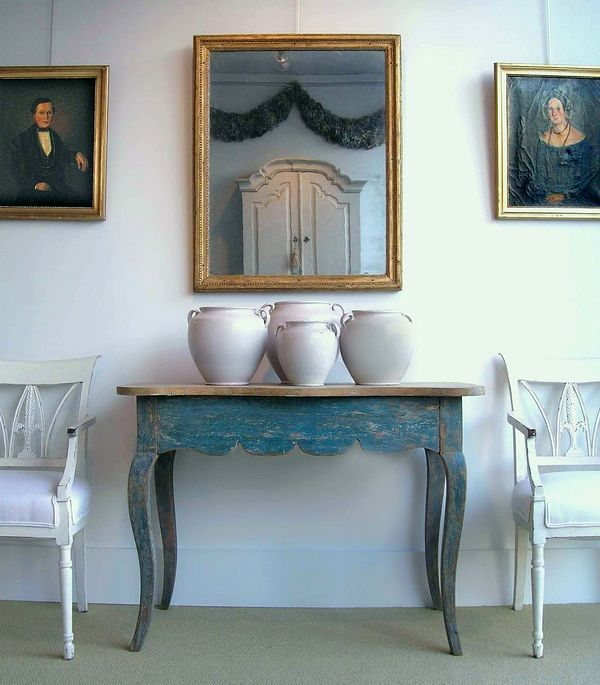 viaAs an interior designer, there are so many styles that I love.I love Chinoiserie, Hollywood Regency, Californian, country casual, modern-traditional styles. But if someone asked me what my absolute favorite is, I'd have to say it's Gustavian Swedish style designs.I am sure as this blog…
