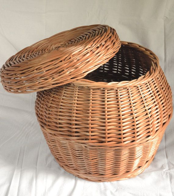 Handmade Wicker Storage Basket With Lid Laundry Handwoven Toy Willow