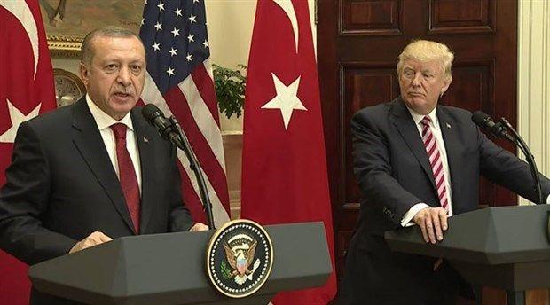 """ABD Ankara Büyükelçiliği, Cumhurbaşkanı Recep Tayyip Erdoğan ve ABD Başkanı Donald Trump'ın yaptıkları görüşmede, Irak Kürt Bölgesel Yönetimi'nin 25 Eylül'de düzenlemeyi planladığı referanduma """"itirazlarını teyit ettiklerini"""" açıkladı."""