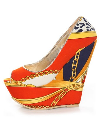 These shoes are just tremendous, and I admire them as a mere observer since my feet have flown the coop.: People Wynn, Platform Wedges, Red Prints, Wedges Lovelulus, Multi Red, Beautiful Shoes, Prints Platform, Wynn Multi, Prints Wedges