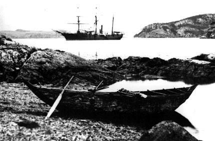 Aborigenes en Tierra del Fuego: Yámanas o Yaganes.-
