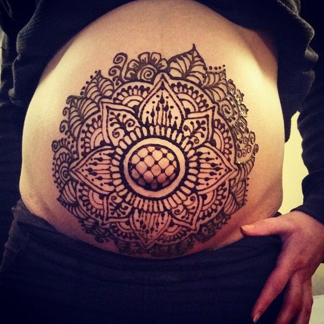 belly henna - Winnipeg Henna Artist - Lady Lorelie Productions