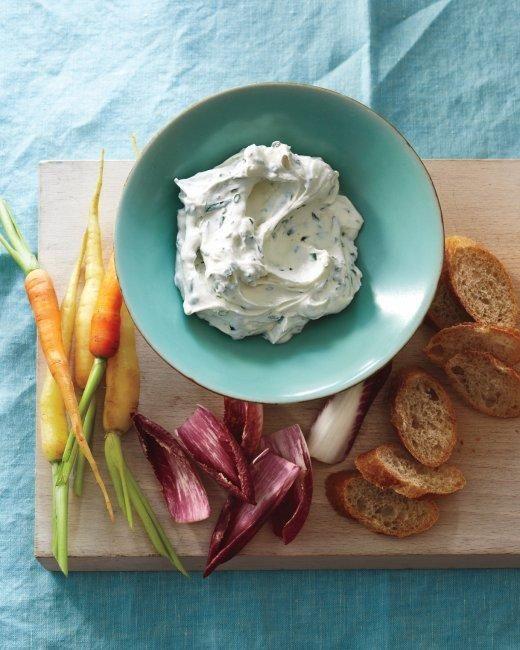 Garlic-Herb Yogurt Cheese Recipe
