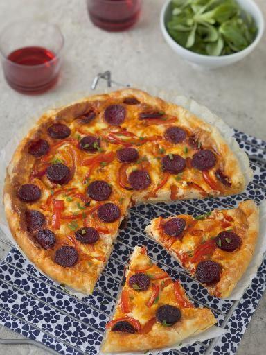chorizo, poivre, poivron rouge, oeuf, crême fraîche, pâte brisée, sel, poivron
