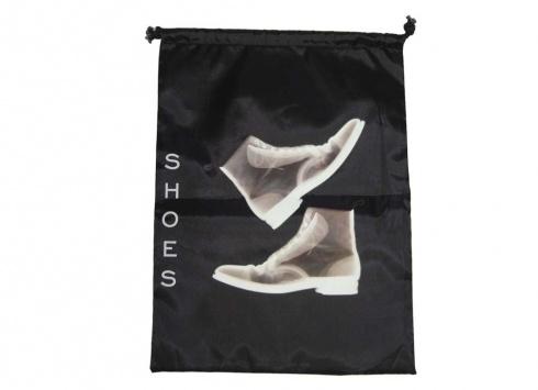 SACCHETTO NYLON SCARPONCINI. Sacchetto nylon per scarpe uomo di colore nero con disegno di scarpe