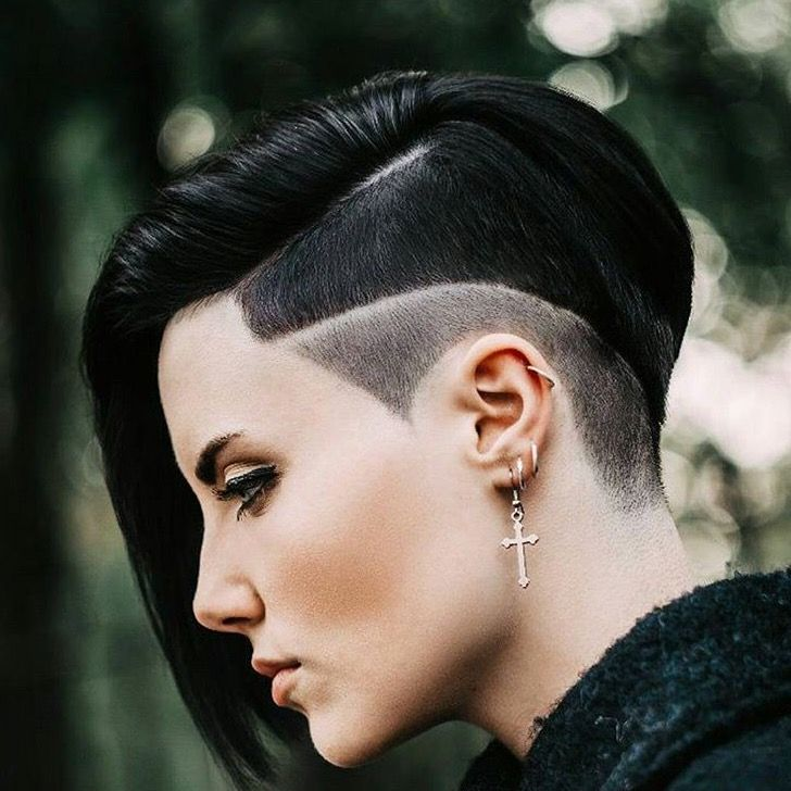 Interesting shaved sides, like the dark colour. Would look great in platinum blonde too
