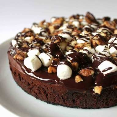 Rocky Road CheesecakeDesserts, Sweets Food, Chocolates, Recipe, Roads Cheesecake, Pumpkin Cupcakes, Rocky Roads, Rockyroad, Cream Chees Frostings