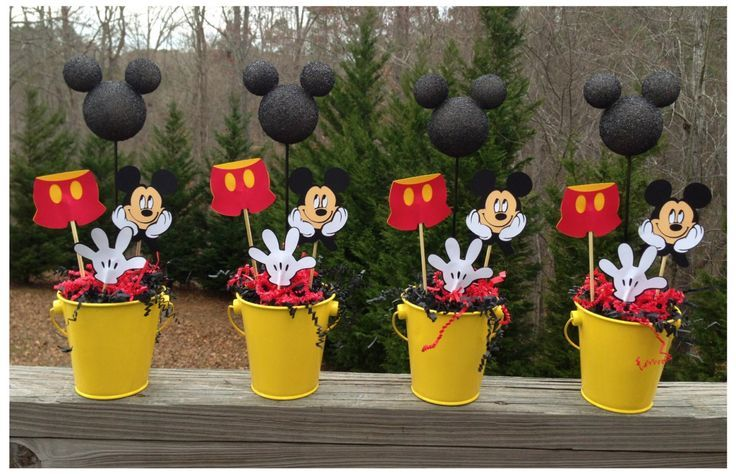 Homemade mickey mouse centerpieces mickey mouse birthday for Home made party decorations