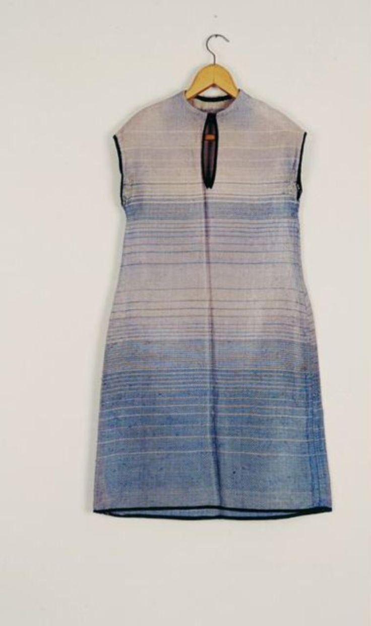 Bauhaus dress, design and fabric: Lis Beyer-Volger, 1928. Stiftung Bauhaus Dessau / © Prof. Dr.-Ing. Alexander H. Volger / Dr. Elisabeth Davids.