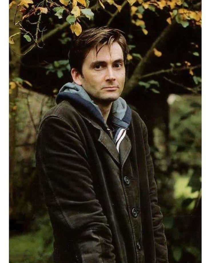 "Gefällt 20 Mal, 1 Kommentare - DON'T BLINK (@_.gallifrey._) auf Instagram: ""He looks so cold  still manages to be beautiful ||#doctorwho #10#davidtennant #nerd#fandom…"""