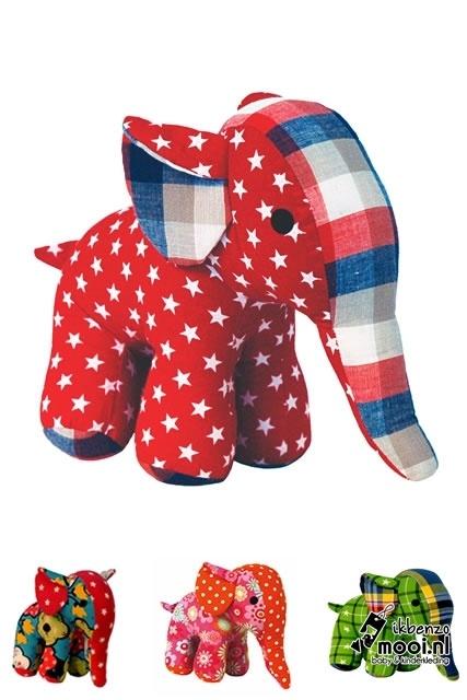 Global Affairs grote knuffel olifanten met prints