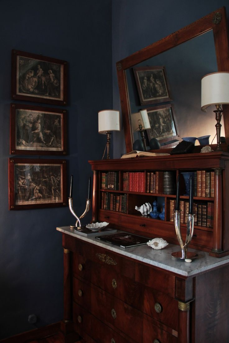 Blue bedroom – Chest of drawers Cassettiera in stile Impero