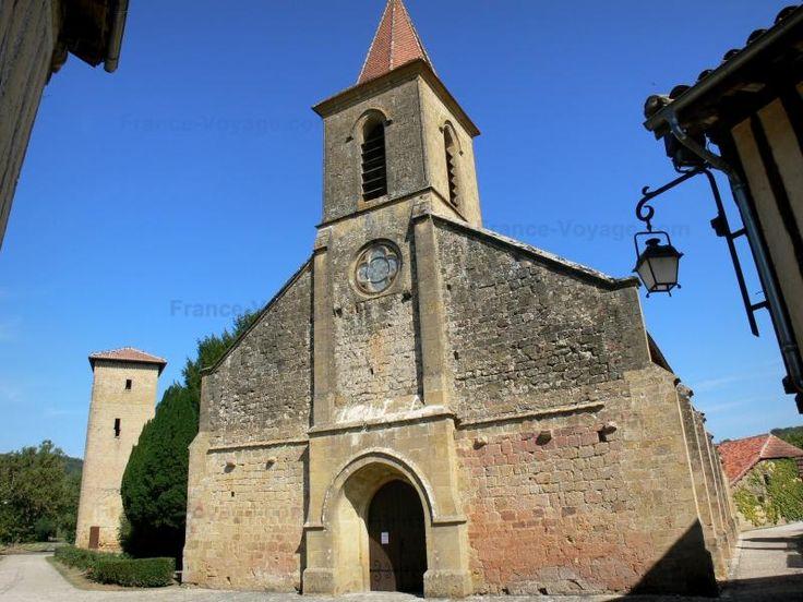 Une visite de Tillac, un petit village situé à 20km de Riguepeu s'impose si vous êtes de passage dans le Gers.  Admirez sa rue principale pleine de charme et ses tours médiévales!