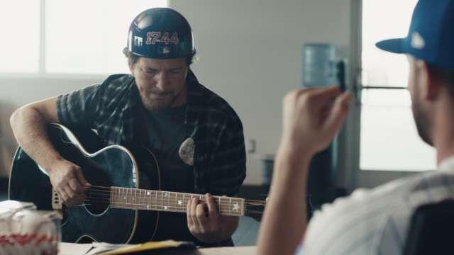 Video--You Bryzzo Souvenir Co: Eddie Vedder