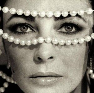 Liz Taylor and her jewlery