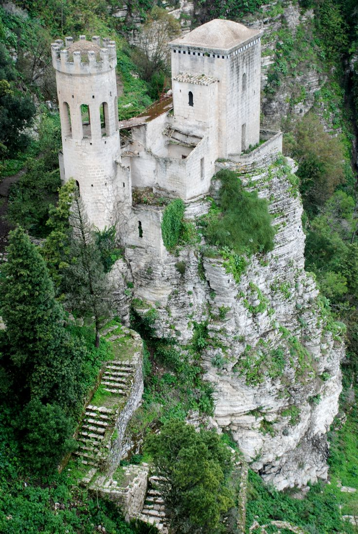 Venus Castle in Erice, Sicily -- Been there. My favorite spot in Sicily. I want to go back! The little town in there is awesome!