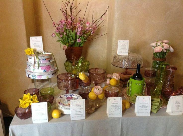 Volete organizzare un #brunch elegante e alla moda ma non sapete come ricevere al meglio i vostri ospiti? La wedding planner e bon ton specialist Giorgia Fantin Borghi ci svela alcuni preziosi trucchi per preparare un brunch easy #chic: http://www.saporie.com/it/doc-s-31-19867-1-brunch_easy_chic_i_consigli_di_giorgia_fantin_borghi.aspx
