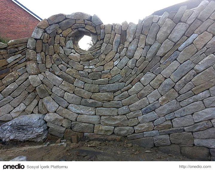 Taşlarla Sanat Eserleri Yaratmaya Karar Veren Eski Duvar Ustasından 15 Etkileyici Çalışma