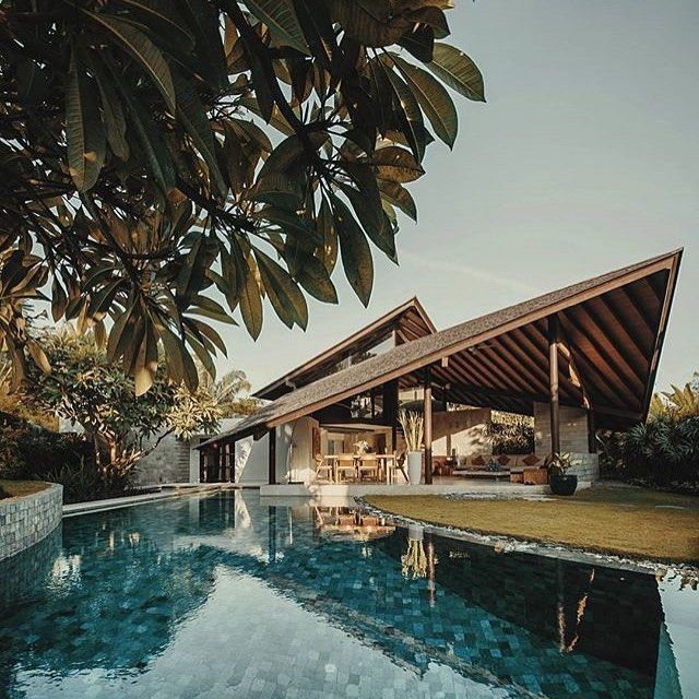 Stunning @the_layar villas in Seminyak. Photo by @ericchenrr  #thelayar #poolside #tropical #luxurylifestyle #luxury #vacation #loveit #photooftheday #islandlife #villa #designervillas #beautifulhotels #uniquehotels #nofilter