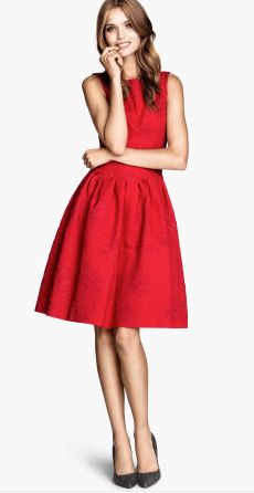 Red Christmas Dress - cant't go wrong! I am hoping to find one of these dresses! #MakrPinterestParty