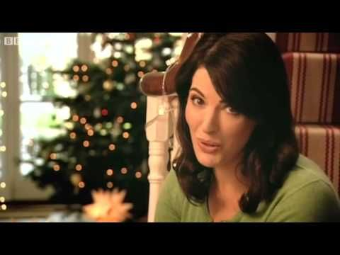 Nigella's Christmas Chocolate Cookies - Nigella's Christmas Kitchen - BB...