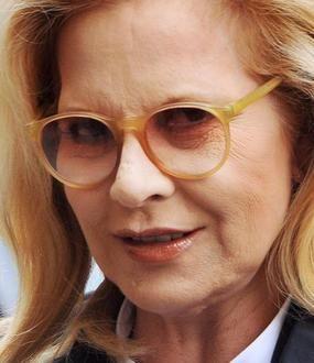 Sylvie Vartan, une blonde qui n'a pas l'intention de pleurer sur son âge. - Sylvie Vartan, une blonde qui n'a pas l'intention de pleurer sur son âge. - (AFP)
