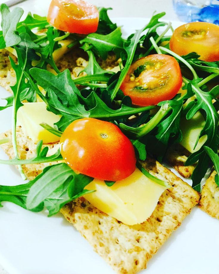 #Sunday Snacks #snack #vitawheat  #tomatoes #cheese #rocket #healthy #food #body #nutrition #fit #protein #health #yummy #yum #instafood #foodstagram #foodporn #healthyfood #healthyeating #healthyfoodshare #community #motivation #weightloss #goals #absonfitness #absoneating #instahealth #perthfitness #foodie