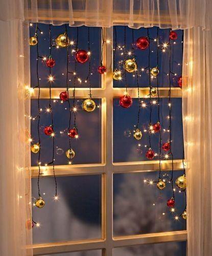25 Awesome Christmas Window Decor Ideas