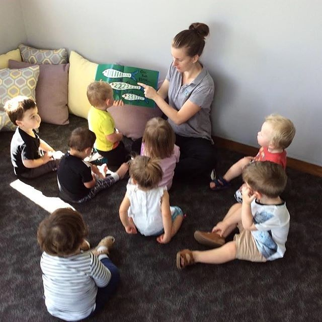 Our Young Academics enjoying some afternoon reading👏📗#youngacademics #earlylearning