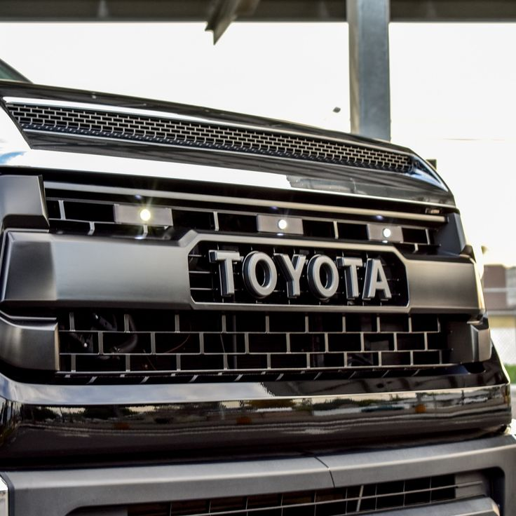 Tundra LED Grille Lights and Wiring Harness for 1417 TRD
