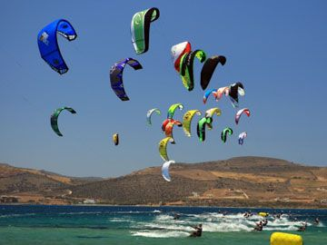 Kiteboarding looks like an absolute blast. Really want to get into it.