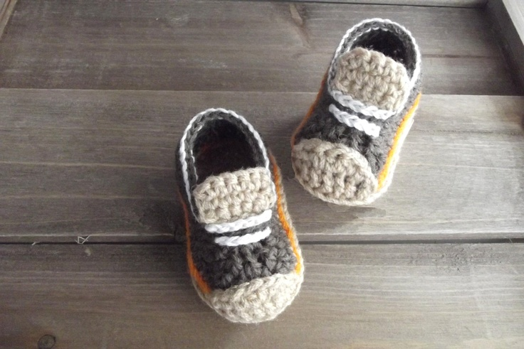 Free Crochet Pattern For Baby Boat Shoes : Boys Crochet Shoes Baby Booties Pattern di ...