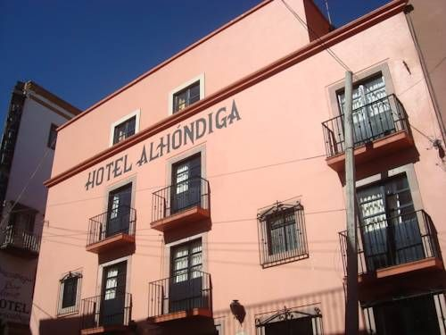 Hotel Alh�ndiga Guanajuato Hotel Alh?ndiga is located just 100 metres from the Alhondiga de Granaditas Museum in the historic centre of Guanajuato. It offers free WiFi access and free on-site parking.