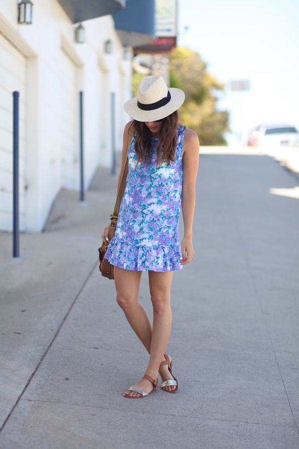 Latina milf tight dress vtl
