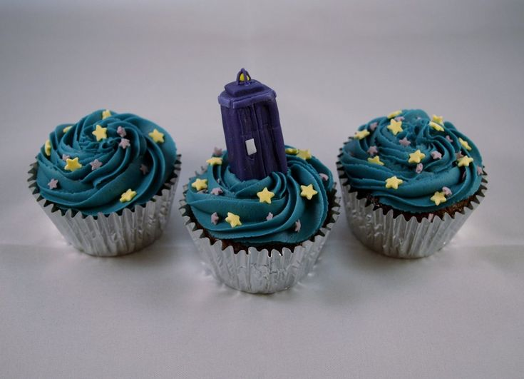 zzbbswife, a.k.a. Wholady — Tardis cupcakes!!!! :-D :-D