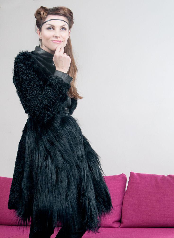 Borello Torino contemporary collection #fur #pelliccia #coat #fashion #black #pelliccia