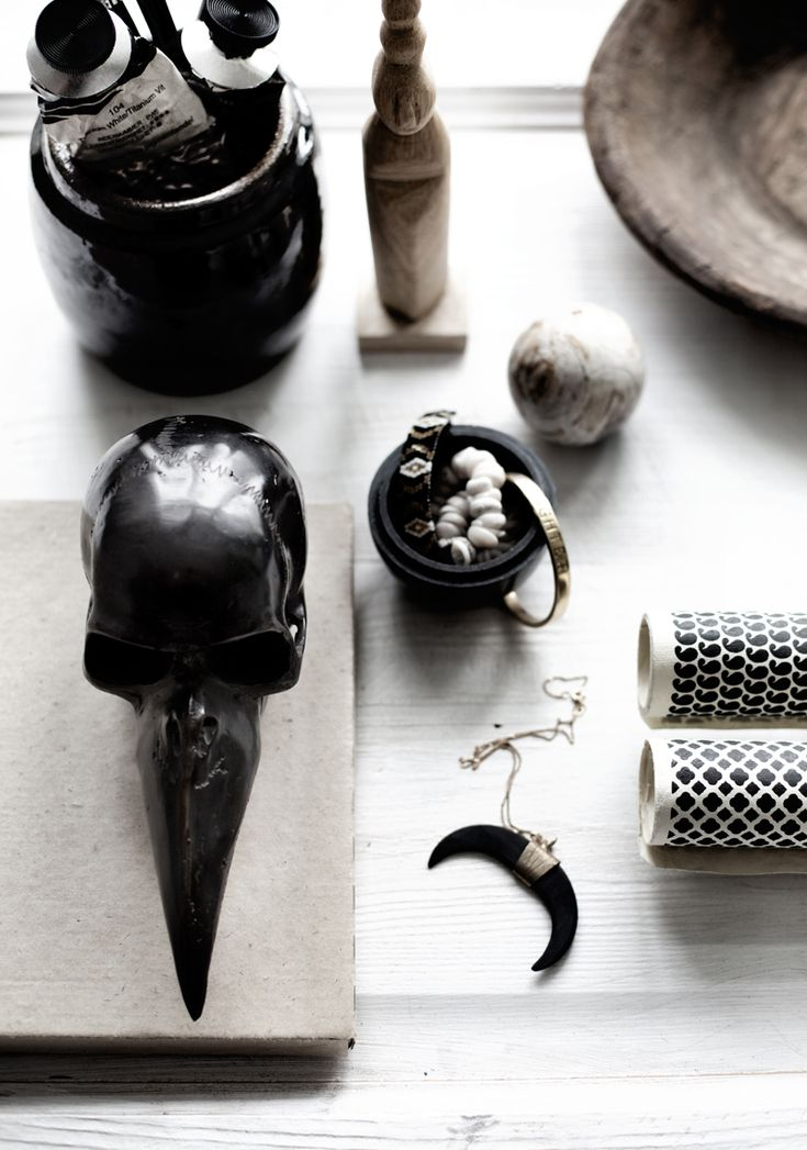 GARUDA BRONZE SKULL - Home deco - AW 16/17 LOVE WARRIORS | Home deco  - full collection www.lovewarriors.se | LW FRIENDS CoOp - Boheme deluxe | Home and Styling: Jenny Hultgren / photo: Therese Romelle