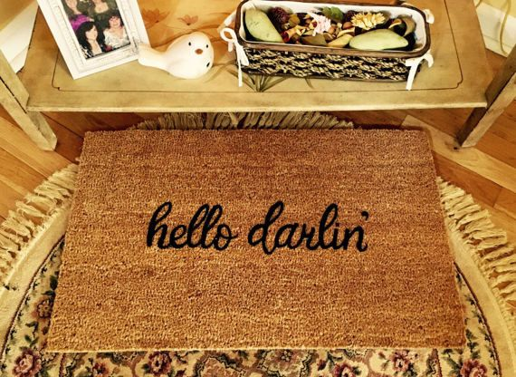 This hello darlin door mat is a cute way to greet your guests. These natural coir mats are thick and durable and they are all hand painted by me. They not only make a nice addition to your own home, but they make great personal and unique gifts for any occasion - for anyone with a front door! Custom orders are always welcome! Any variations of words, names, phrases, symbols, additional fonts, etc. Just send a message detailing your ideal mat, and I will provide a custom price quote…