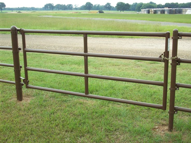 Ponderosa Gates are Available in a variety of lengths to fit your needs