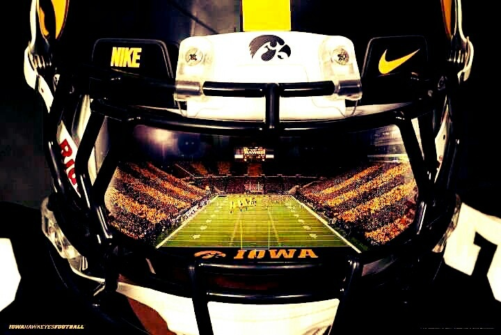 Iowa Hawkeye Football <3
