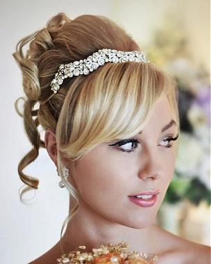 Un lungo rettilineo bionda colorato updo sposa acconciatura da sposa di Annette Bradford