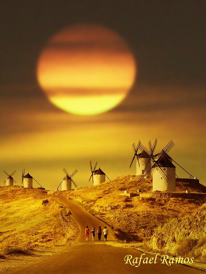 windmills, Toledo, Spain ---- (Via Margreet Huizing)
